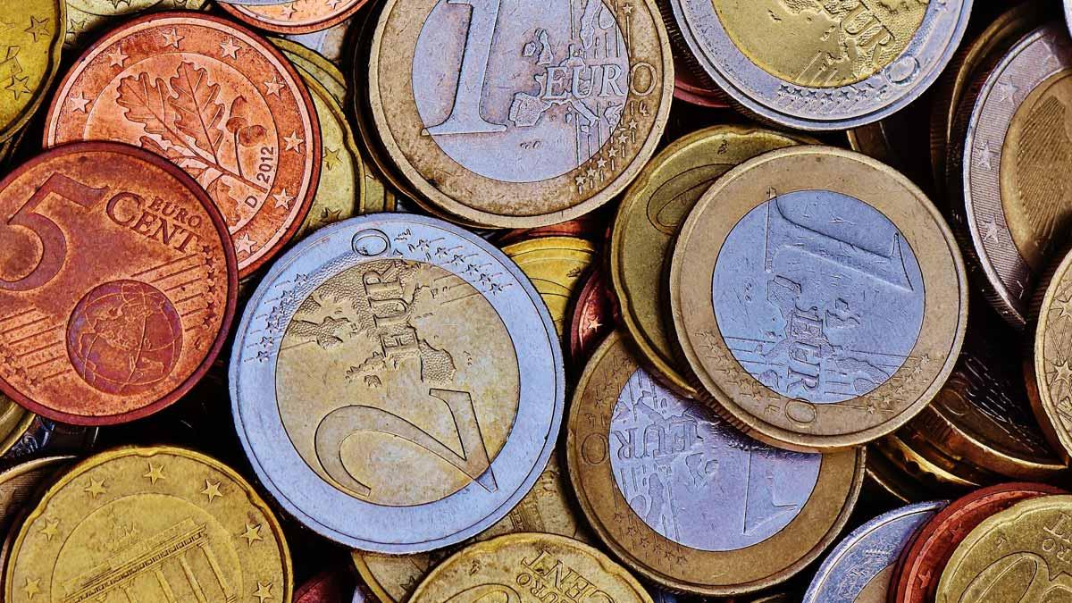 kā nepieņemt naudu skaidrā naudā
